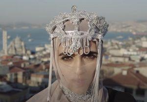 Liraz Charhi - Love me like you do
